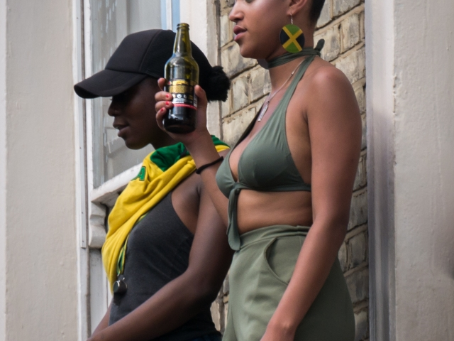 Notting Hill Carnival 2016 - Onlookers