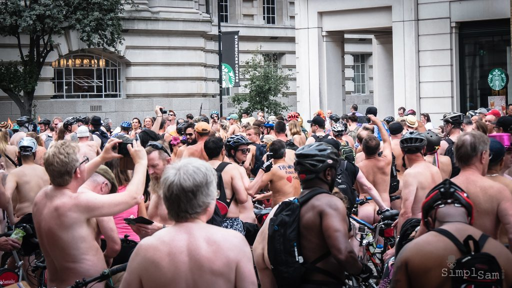 WNBR World London Naked Bike Ride 2018 - Starbucks