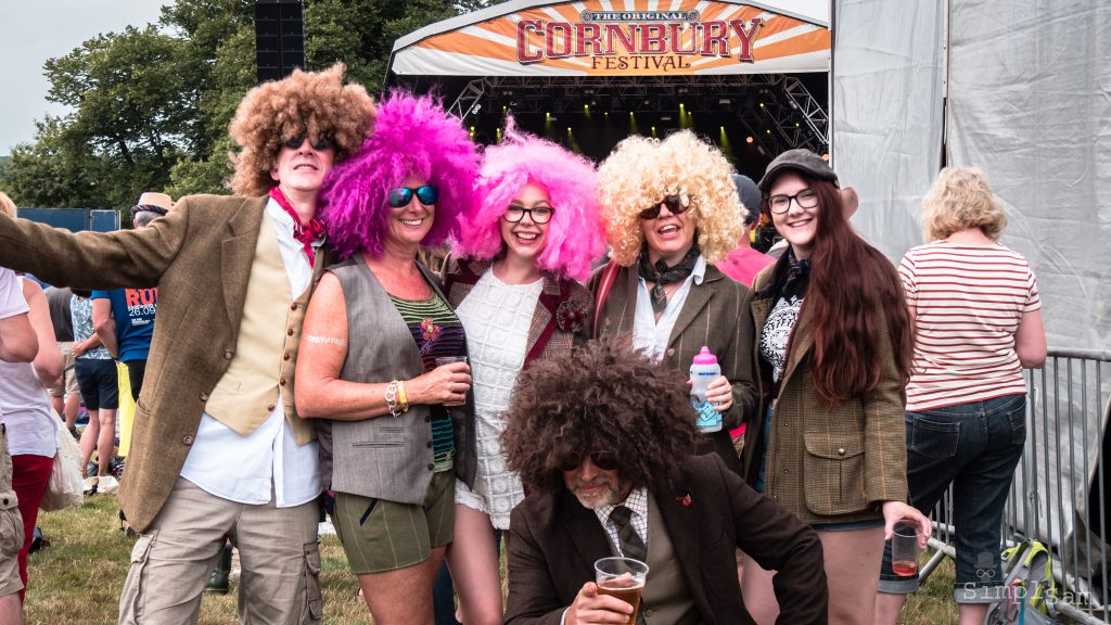 Cornbury - Big Hair Bunch
